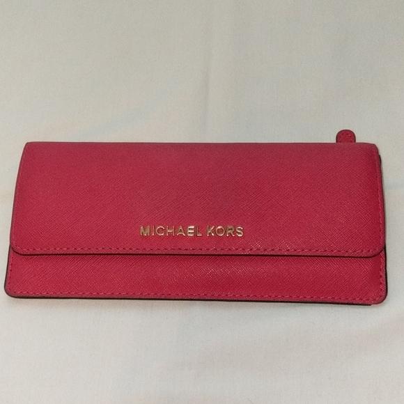 Michael Kors Handbags - Michael Kors Thin Leather Wallet
